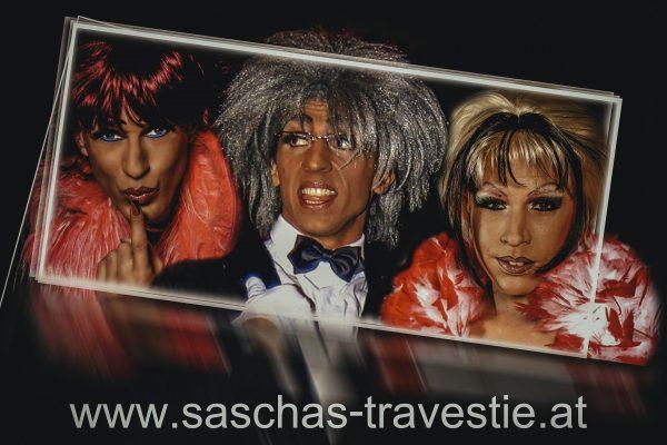 Modemarkt Adler – Saschas parodistische Travestieshow